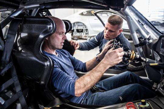 Jan Magnussen og Ronnie Bremer i samarbejde om motorsportsprojekt med internationalt perspektiv